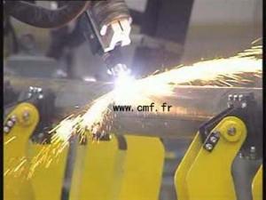 钢杆切割机